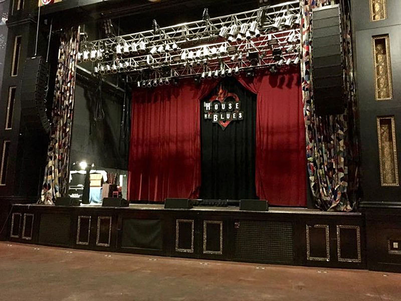 The setup at House of Blues in Dallas included a Bose Pro ShowMatch rig.