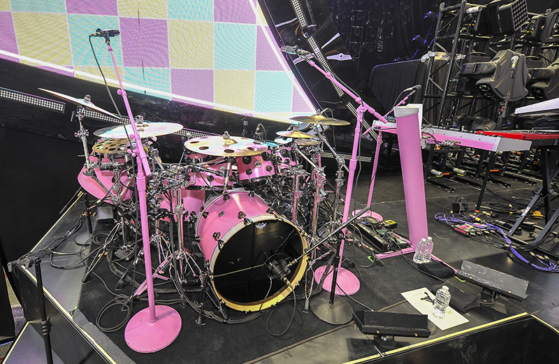 KATY PERRY DRUMS  KEYS STAGE RIGHT by Steve Jennings