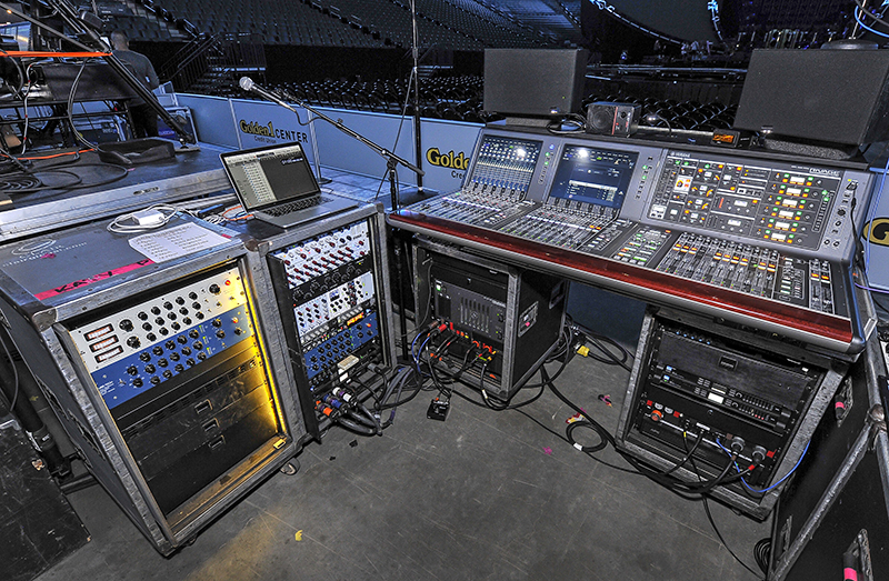 KATY PERRY   FOH POSITION by Steve Jennings