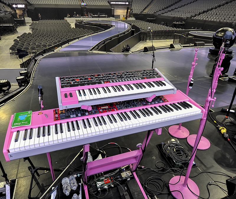 KATY PERRY   KEYBOARDS STAGE LEFT by Steve Jennings