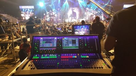 dLive in position at Champion of Songs