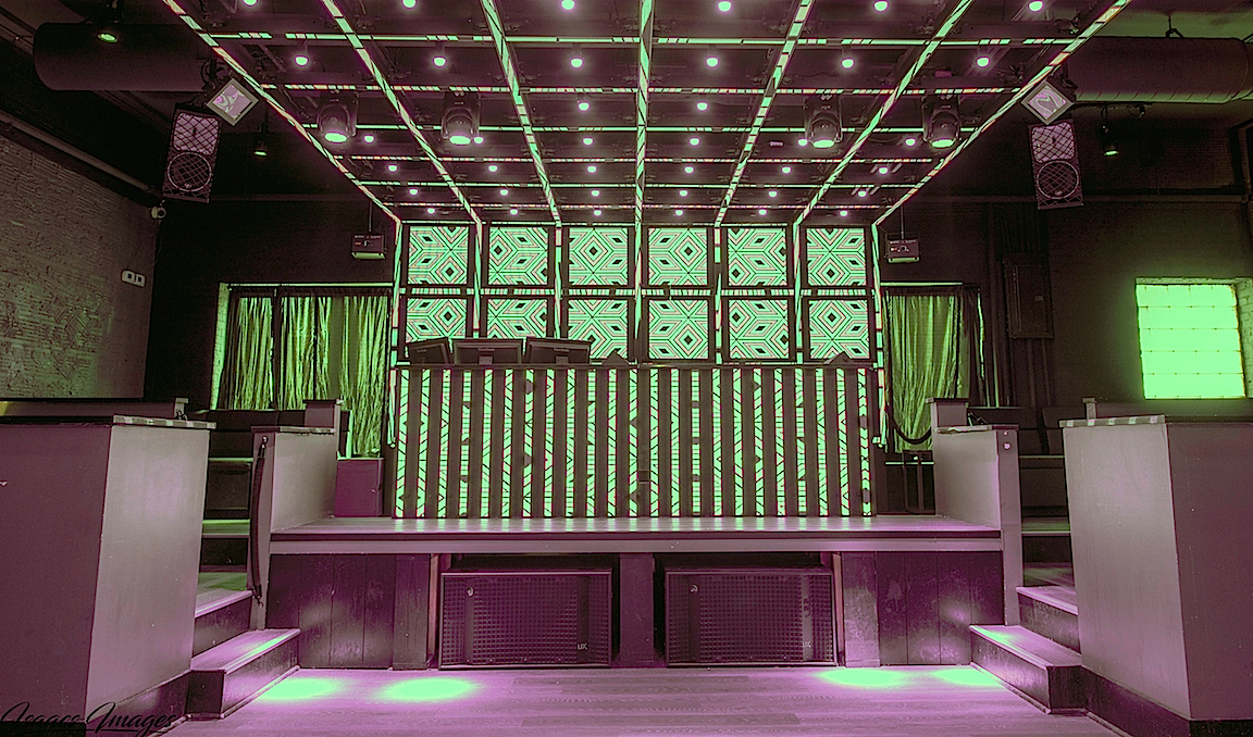 Charleston's Trio nightclub has upgraded with DAS Audio loudspeakers throughout.