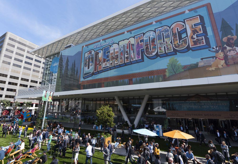The Dreamforce 2018 Campus adopted a National Parks theme, including evocative audio design with L-ISA Immersive Hyperreal Sound that immersed attendees in the sounds of the great outdoors