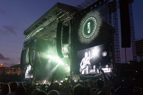 Rat Sound once again supplied an L-Acoustics K1/K2 system for Pearl Jam's latest North American tour