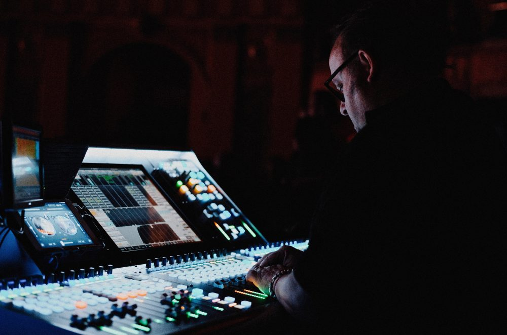 Olivier Gerard at FOH for Simple Minds