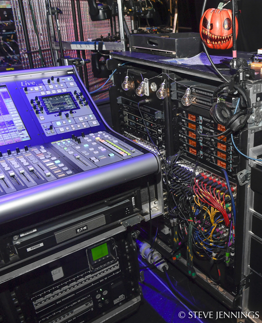 Simple Minds 'Walk Between Worlds' Tour « FOH | Front of