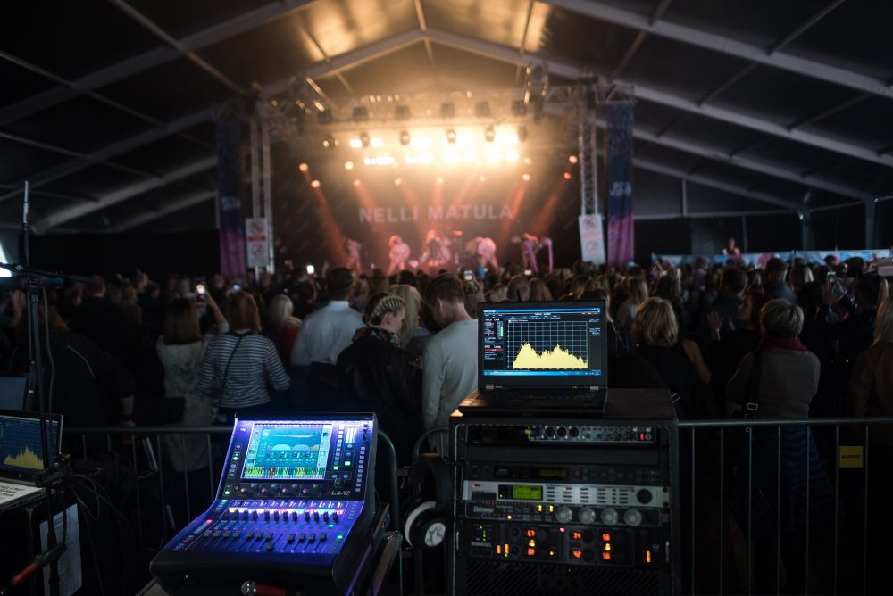 The main FOH system featuring a dLive C1500 surface
