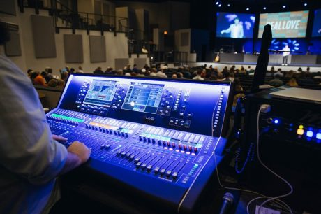 Tim Vencil Mixes FOH on Castle Hills' dLive S7000 Surface