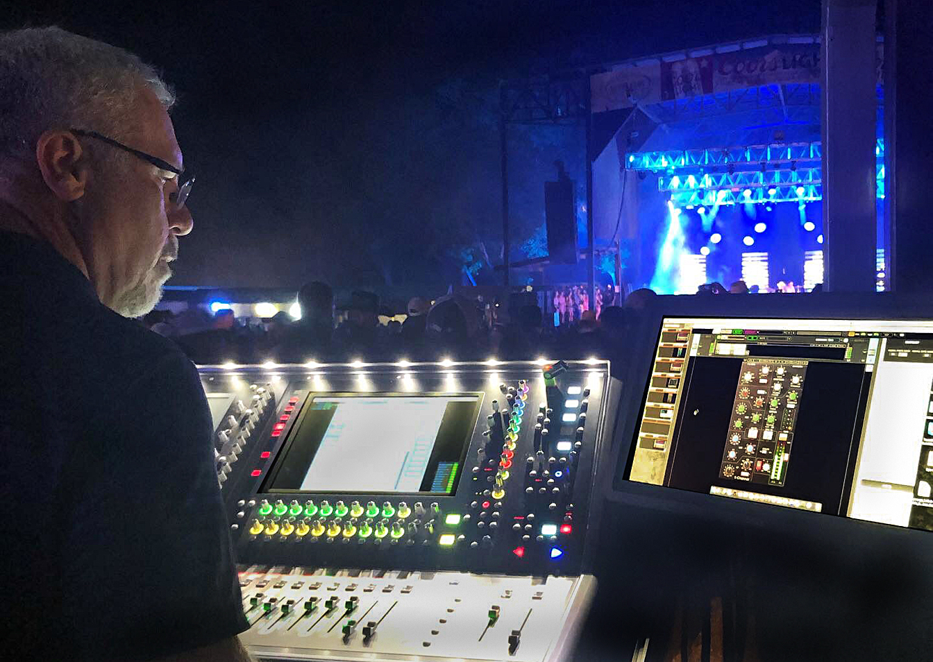 FOH engineer Marty Weir during a Randy Rogers Band concert