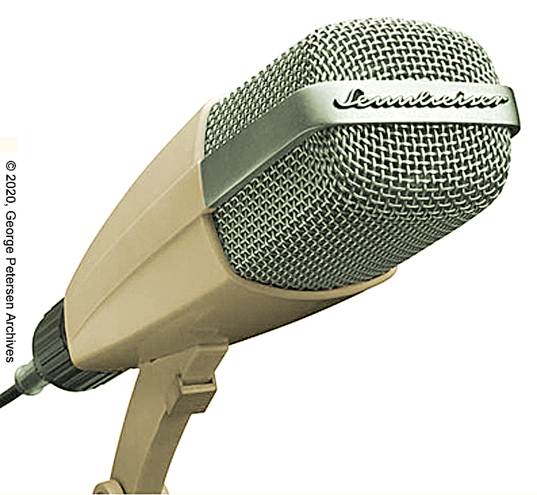 In the early years, the Sennheiser MD 421 was offered in a cream color and fitted with a Tuchel or DIN output connector